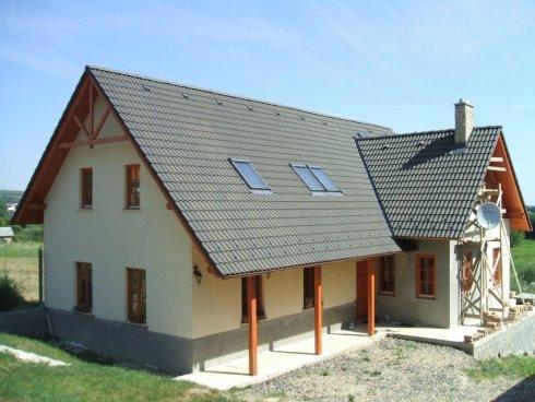 Hausbausystem mit Schalsteinen, Schalungssteinen aus Styropor