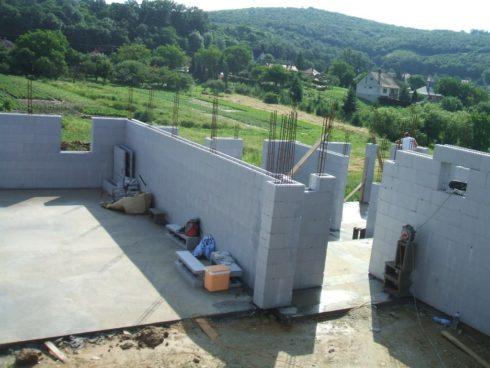 Beispiele Schalungssteine / Schalsteine / Schalsteinhaus