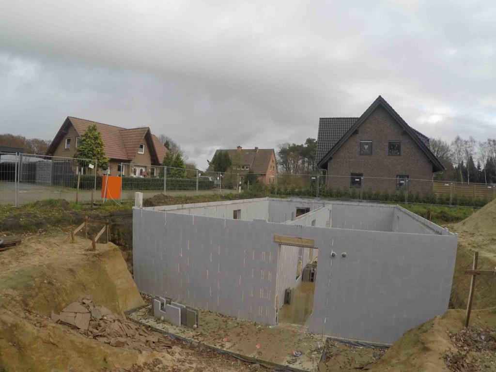Ein Kellerin Eydelstedt mit Neopor Schalsteinen.